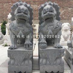 青石踩球獅子,看門獅子石雕
