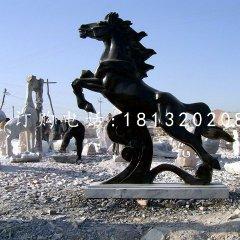 黑馬石雕,廣場黑馬雕塑