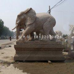 花崗巖大象雕塑門口大象石雕