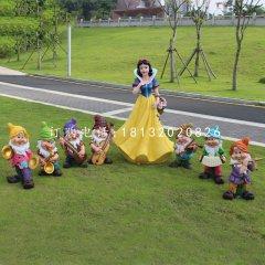 白雪公主與小矮人雕塑,卡通人物擺件