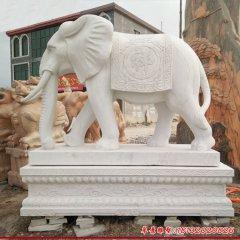 汉白玉门口大象石雕