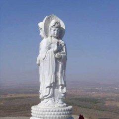 漢白玉宗教廟宇三面觀音雕像