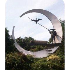 景區不銹鋼漁人和鸕鶿雕塑