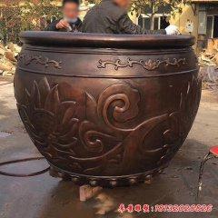 公园水缸铜雕