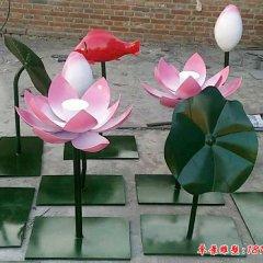 不锈钢彩色鲤鱼荷花雕塑