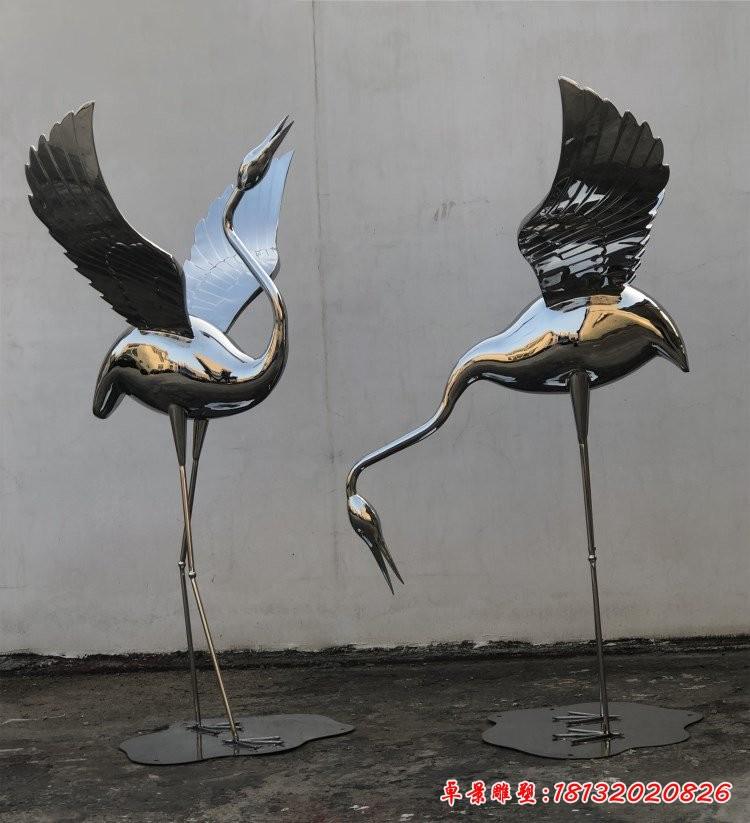 不锈钢镜面仙鹤雕塑