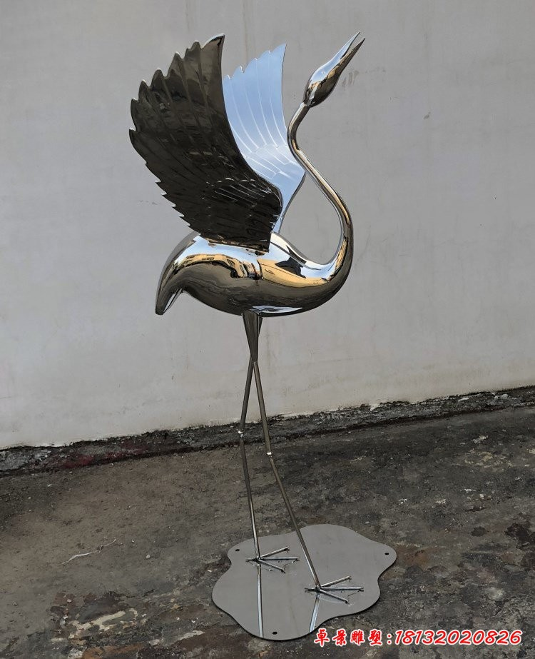 不锈钢丹顶鹤雕塑