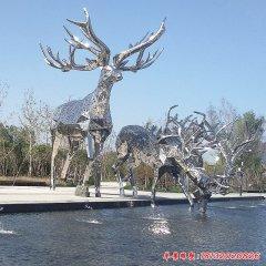 不銹鋼大型鹿雕塑