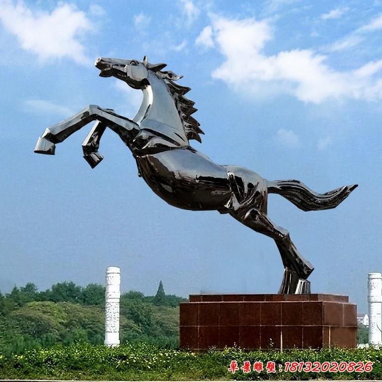 不锈钢奔跑的马雕塑