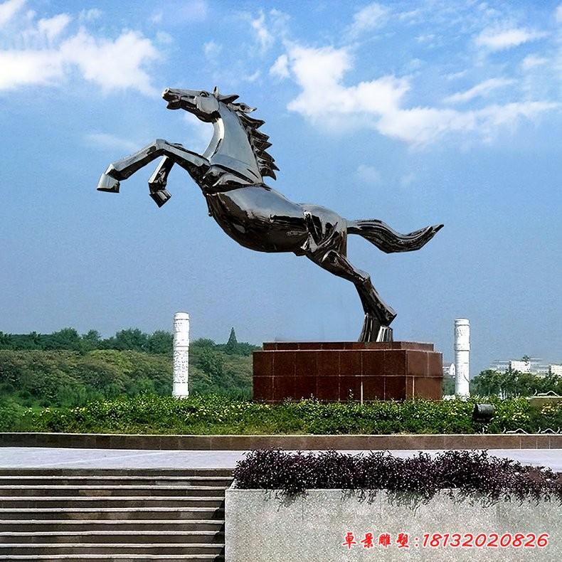 不锈钢一往直前奔马雕塑