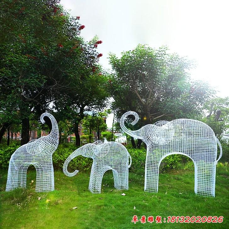 不锈钢镂空大象雕塑