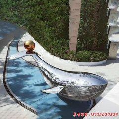 不锈钢镜面鲸鱼雕塑