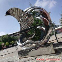 抽象不锈钢帆船和海浪雕塑