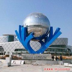 不锈钢手托地球雕塑