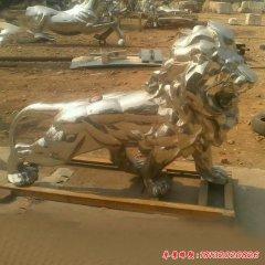 不锈钢镜面狮子雕塑