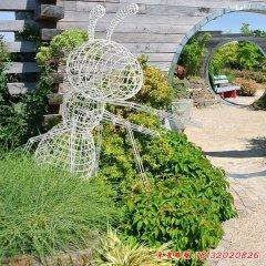 不锈钢镂空蚂蚁雕塑