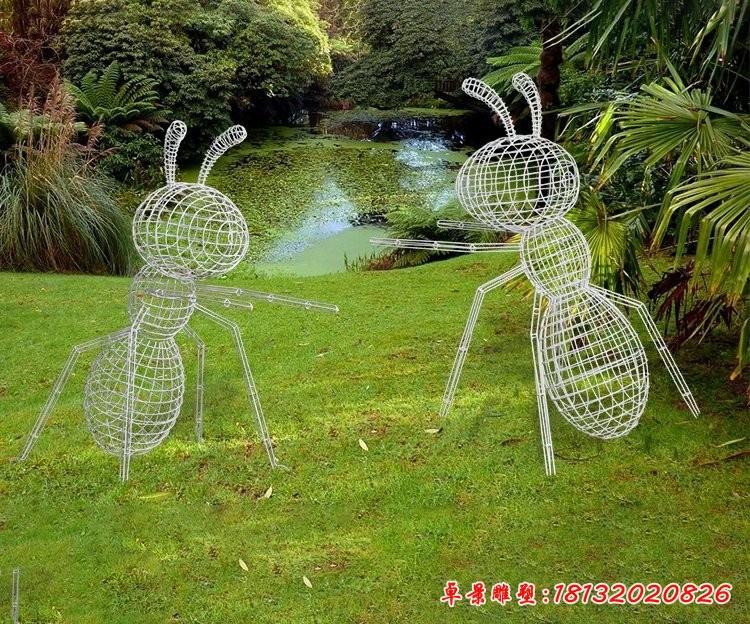镂空不锈钢蚂蚁雕塑