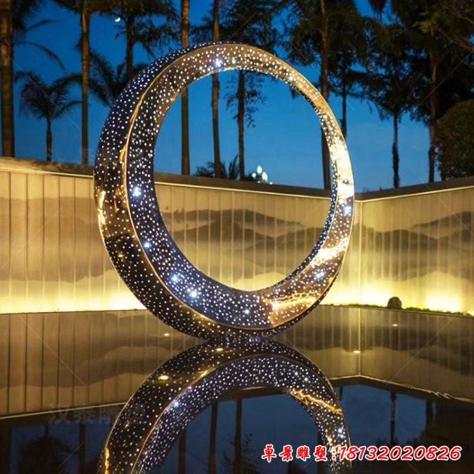 不锈钢圆环雕塑