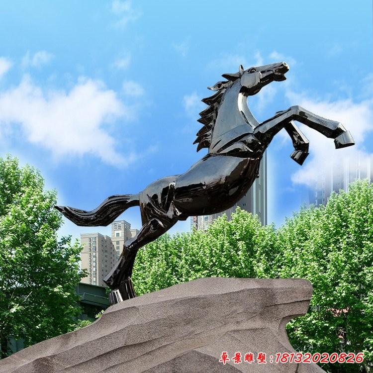 城市镜面不锈钢奔马雕塑