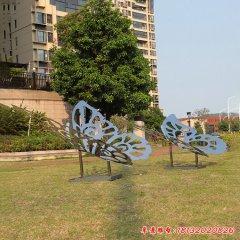 不锈钢镜面镂空蝴蝶雕塑