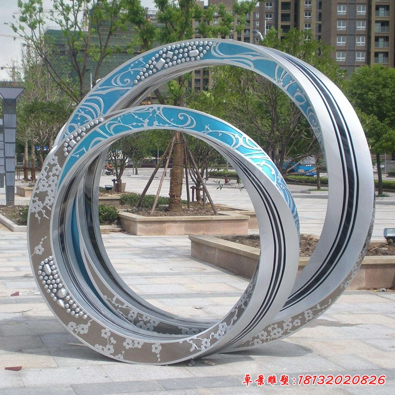 不锈钢对戒雕塑