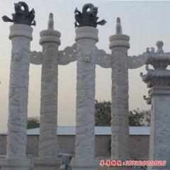 广场华表石雕龙柱