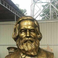 思想家馬克思頭像銅雕