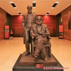 西方思想家馬克思恩格斯銅雕像
