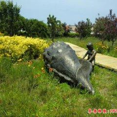 公園兒童海螺銅雕