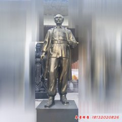 白求恩立式铜雕像